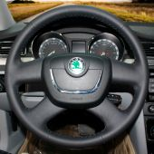For Skoda Octavia 2012 Superb Fabia 2012 Octavia a5 2012 2013 Yeti 2009-2013, Black Leather Hand Sew Wrap Steering Wheel Cover